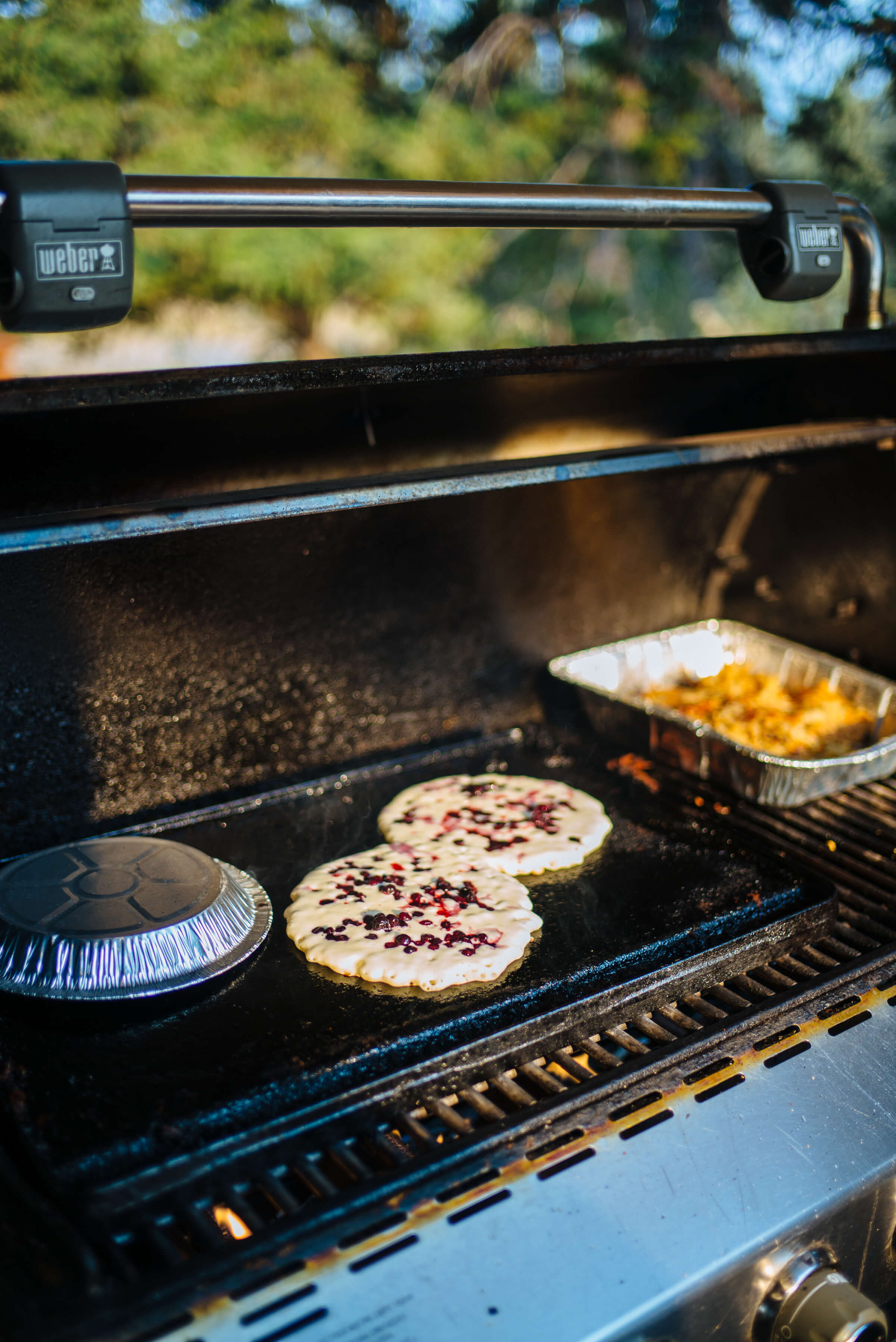 PAWSUP-montana-breakfast-pancakes-thetastesf-1002099.jpg