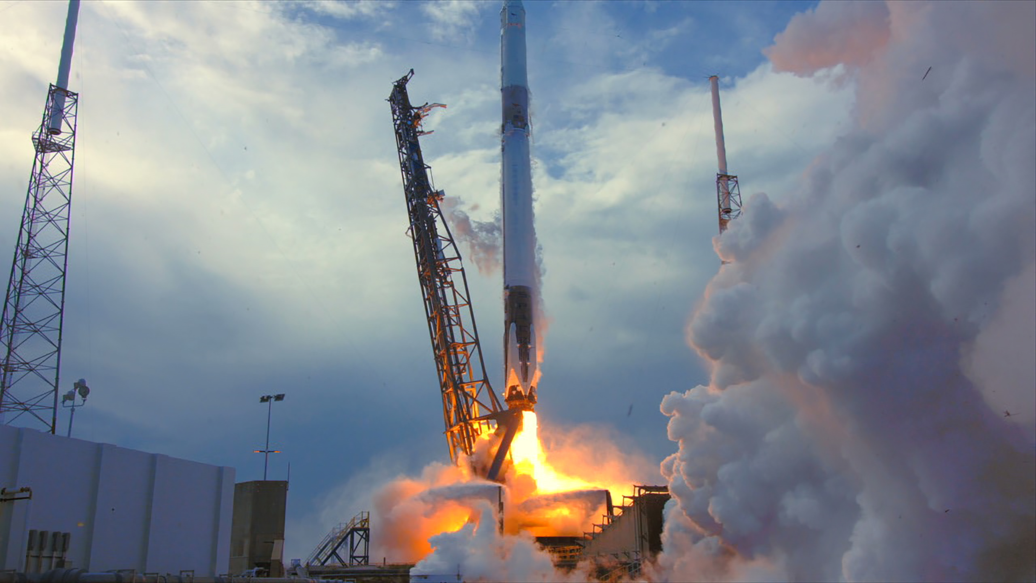 spacex_crs-14_launch_co.jpg