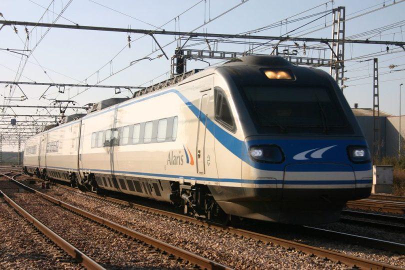 train-1024x683.jpg